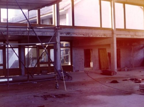 1970_Construction-salle-communale_Compesières_(Alfred_Barthassat) (7)