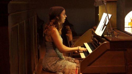 Orgue et chant à l'église de Compesières avec Lorianne CHERPILLOD